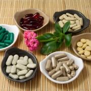 Les compléments et les vitamines utiles pour la fertilité féminine