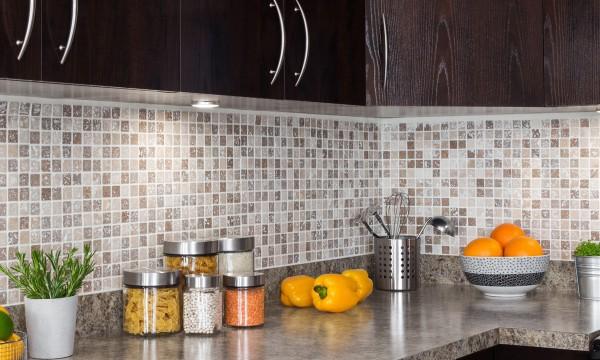 Id es de rangement facile dans votre cuisine trucs pratiques - Rangement vaisselle cuisine ...
