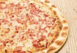 La pizza au bacon, un plat qui fait saliver petits et grands!