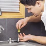 Réparation d'un robinet: finies les fuites!