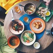 Toronto sur un budget: endroits abordables où manger, boire, magasiner et dormir