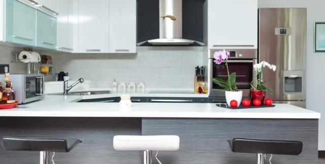 Pourquoi opter pour des armoires de cuisine préfabriquées?