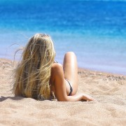 3 façons de se faire une chevelure de plage maison