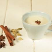 Boissons décadentes: tchaï maison et thé épicé
