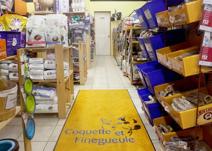 Coquette et finegueule : Toilettage, nourriture pour animaux, accessoires, service de livraison
