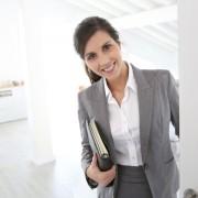Trois astuces pour choisir le courtier immobilier qui vendra votre maison
