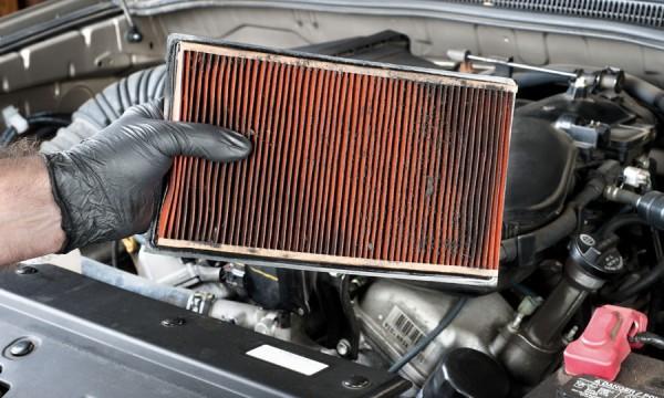 Pourquoi faut-il changer le filtre à air de votre voiture?
