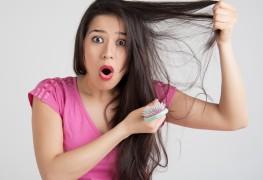 Le masque dhuile avec les vitamines dans les ampoules pour les cheveux