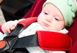 Comment laver le siège d'auto de votre bébé