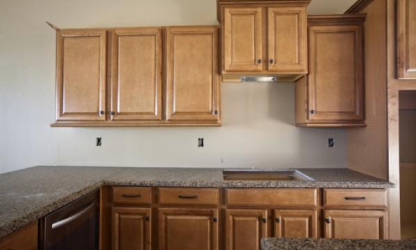 3 types de comptoirs de cuisine bas prix trucs pratiques - Cuisine ouverte avec comptoir ...