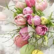 Cinq trucs pour confectionner un centre de table pour Pâques