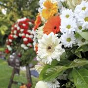 Choisir une composition florale funéraire