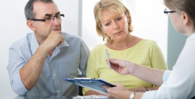 Les différences entre un courtier et un agent d'assurance