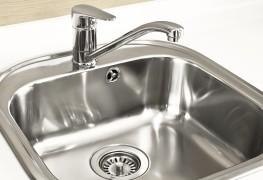 Comment nettoyer votre évier avec du bicarbonate de soude?