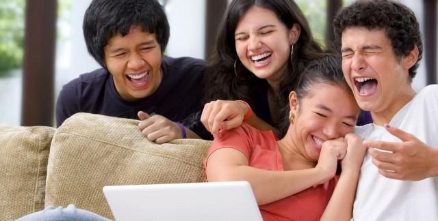 Stimulez votre système immunitaire par le rire