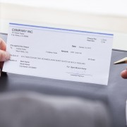 Que sont les mandats postaux et comment fonctionnent-ils?