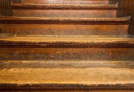 Suggestions d'expert pour réparerdes escaliers qui craquent