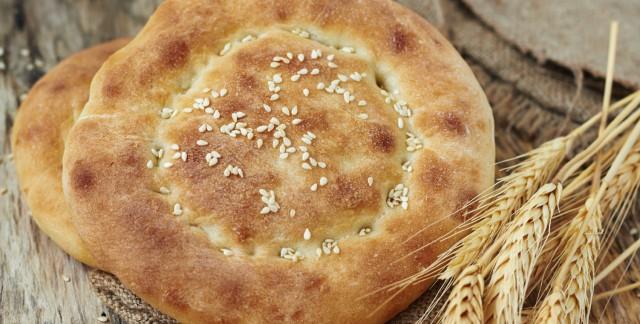 Savourer le pain sans levain