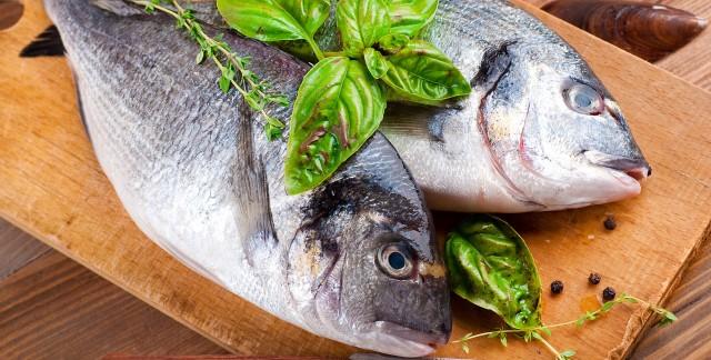 Comment facilement vider et cailler un poisson trucs for Manger pour poisson