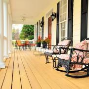Conseils d'entretien pour votre terrasse, galerie, balcon, patio…