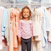 Rangement: organisez le placard de votre enfant