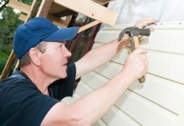 Conseils pour la réparation de vos parements en vinyle, en aluminium et en bois