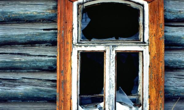 5 signes indiquant qu 39 il est temps de r parer vos fen tres for Reparer fenetre en bois