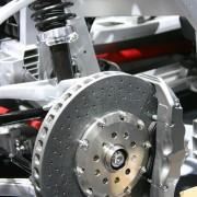 Pourquoi la suspension de ma voiture fait-elle du bruit?