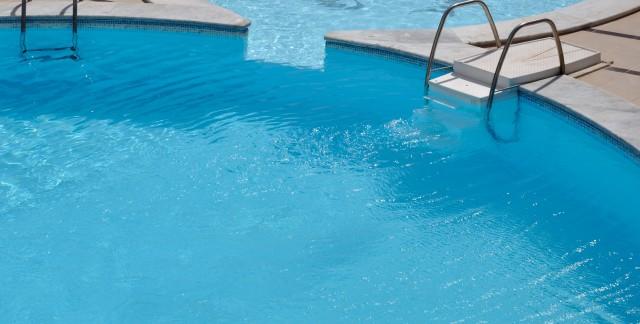 4 conseils pour l'entretien de votre piscine