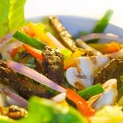 2 salades rafraîchissantes avec une touche épicée
