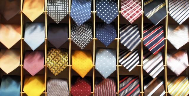 Comment utiliser au mieux les cravates,ceintures et autres chapeaux