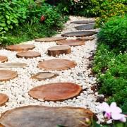3 conseils pour conserver l'apparence de votre jardin et de votre allée