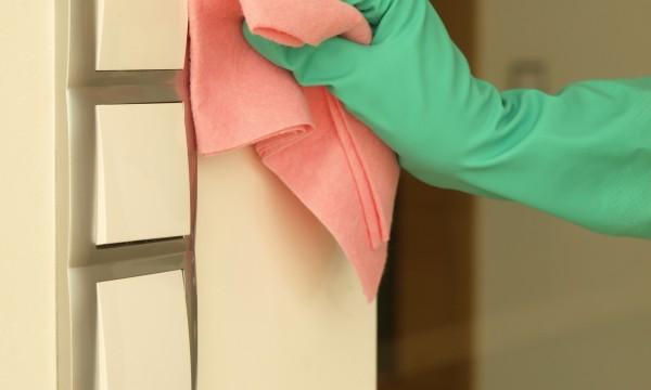 5 conseils pour nettoyer murs et plafonds trucs pratiques - Truc pour peinturer un plafond ...