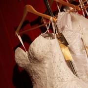 Conseils sur le nettoyage à sec d'une robe de mariée