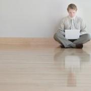 Conseils de nettoyage pour votre plancher en bois et plus encore