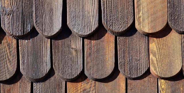 3 conseils pour entretenir les bardeauxde bois et de fente