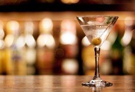 Enjoy cool cocktails in Quebec City
