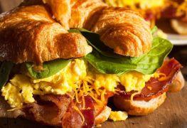 Les savoureux sandwichs déjeuner montréalais