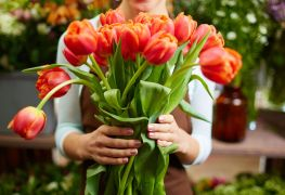 Top floral shops in Edmonton