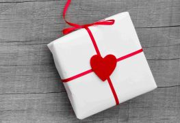 Edmonton shops with fabulous Valentine's Day gifts