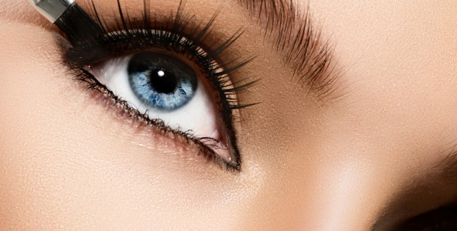 10 tips on how to apply eye makeup like a pro