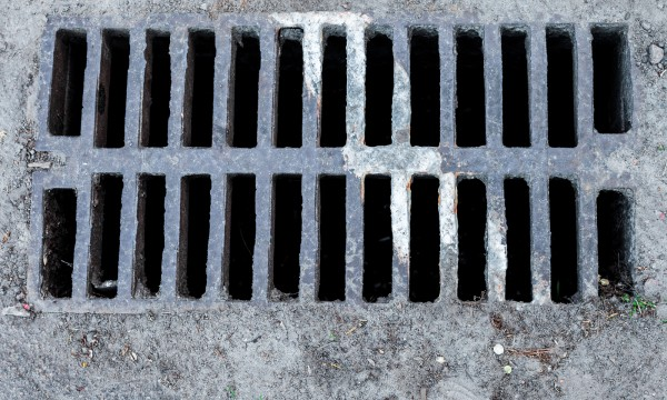 Tackling the disgusting sewer smell in your house