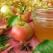 2 delicious recipes for apple/mint jelly and lemon marmalade