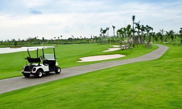 4 ways to deck out a golf cart