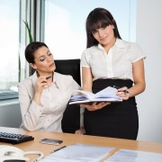 4 tips to choose a personal assistant