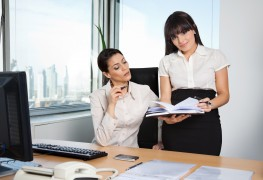 Four tips to choose a personal assistant