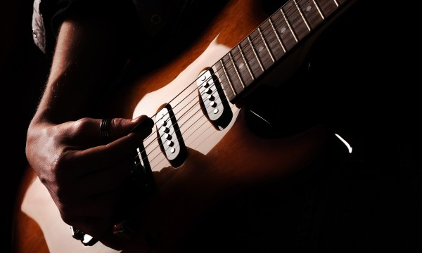 6 essential pieces of equipment you need to play the electric guitar