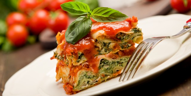 A healthy recipe for lasagna with mushrooms and Swiss chard