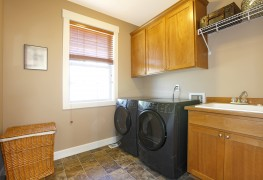 5 steps to an efficient & convenient laundry room