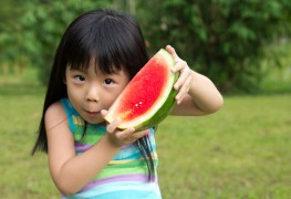 4 ways to keep your kids' diet healthy